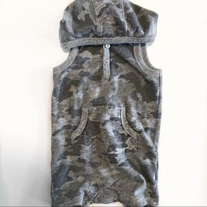 🥂 4/25 Sale Sleeveless Camo One Piece Outfit